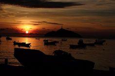Hermoso atardecer en la Bahía de Santa Marta #travel #photo