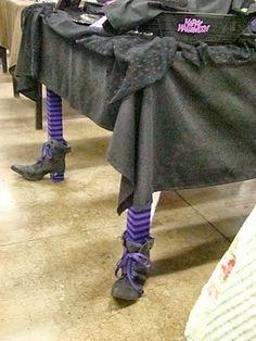 *Todo dia é Halloween, não é? Pelo menos para alguns de nós - Tim Burton*     Pra não passar em branco, reuni algumas decorações de ...