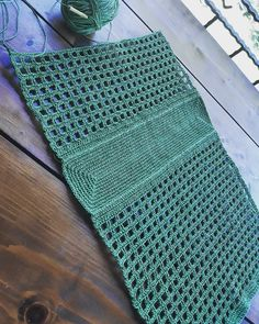 Masa Bag pattern by Lisa RisagerBest 10 I thought it was a national bag and I was looking for a cons … – – – SkillOfKing. Free Crochet Bag, Crochet Market Bag, Crochet Tote, Crochet Handbags, Crochet Purses, Diy Crafts Crochet, Creation Couture, Knitted Bags, Crochet Clothes