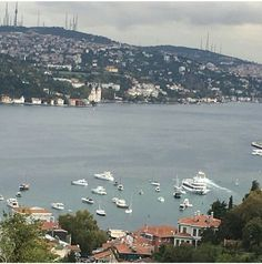 Istanbul Turkey, Seattle Skyline, Illusions, River, Outdoor, Outdoors, Outdoor Games, Optical Illusions, The Great Outdoors