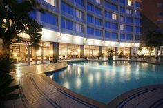Hotel Deal Checker - Southern Sun Elangeni & Maharani Places Ive Been, Places To Visit, Fine Hotels, Hotel Lobby, Hotel Deals, Pools, Southern, Around The Worlds, Sun