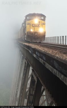 ''Getting up early does have its advantages. Capturing an image of train crossing the Copper Creek Viaduct in the fog has always been an inter.'' Entering or comming out you never know. Railroad Bridge, Railroad Tracks, Train Tracks, Train Rides, Csx Transportation, Train Pictures, Old Trains, Train Journey, Diesel Locomotive