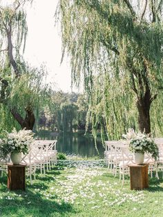 Outdoor Wedding Ceremony Ideas for Your Wedding at The Orchard at Chesfield Outdoor-Hochzeit When the Perfect Gown is Only the Beginning of the Pretty Wedding Ceremony Ideas, Wedding Aisles, Beautiful Wedding Venues, Perfect Wedding, Dream Wedding, Luxury Wedding, Lake Wedding Ideas, Ceremony Backdrop, Romantic Weddings