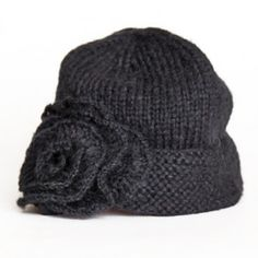 Hat with ruffled flower <3