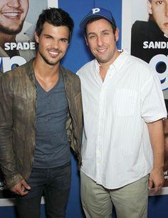 Taylor Lautner y Adam Sandler en la premiere de Grown Ups 2 en NYC