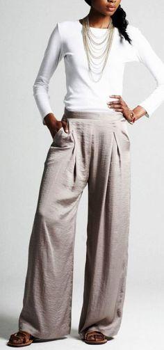 Модные подвороты больше не тренд, вернулись брюки «в пол»