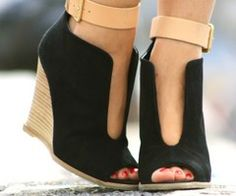 Sexy wedges :>