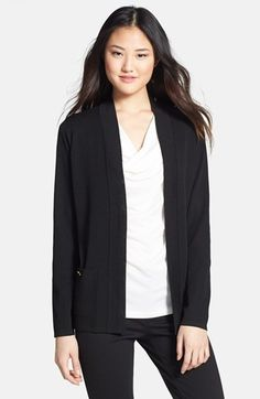 Free shipping and returns on Jones New York Open Front Cardigan at Nordstrom.com. A fine-gauge knit renders a polished cardigan designed with an open front and detailed with a single gleaming button atop each of the patch pockets.