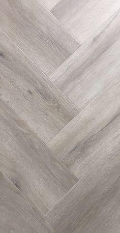 Best Hardwood Floor Finish, in 2020 White Oak Laminate Flooring, Pvc Flooring, Refinishing Hardwood Floors, Parquet Flooring, Vinyl Flooring, Planchers En Chevrons, Apartment Color Schemes, Chevron Floor, Basement Remodel Diy