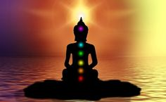 Discover Chakra Meditation Techniques for beginners. Learn how to cleanse, clear and balance chakras and how this balance helps achieve health and wellbeing. Chakra Meditation, Easy Meditation, Chakra Healing, Meditation Music, Corps Astral, Corps Éthérique, Sept Chakras, Meditation Techniques For Beginners, Chakra Raiz