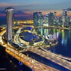 Nights. • 📝 • To-do List: Go to discover Singapore. • 📷 • @cities.world • 📍 • Singapore • #️⃣ • #todolistmagazine #worldtodolist #travel #discover #explore #travel #singapore