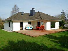 Bungalow Ostseeferienhaus Sonnenschein Sauna, Gazebo, Outdoor Structures, Outdoor Decor, Home Decor, Modern Bungalow, Summer Vacations, Baltic Sea, Environment