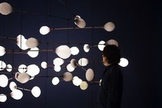 "On the occasion of the London Design Biennale 2016, mischer'traxler studio has designed a kinetic light installation, LeveL: the fragile balance of utopia, at Somerset House.  More than thirty nations from six continents present exhibitions and installations under the motto ""Utopia by Design"" at Somerset House in London on the occasion of the 500th anniversary of the first publication of …"