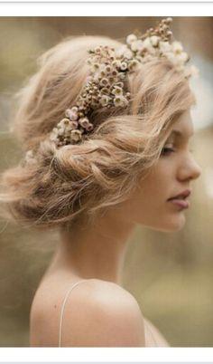 Wedding crown flowers