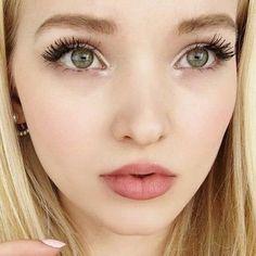 dove-cameron-makeup-12