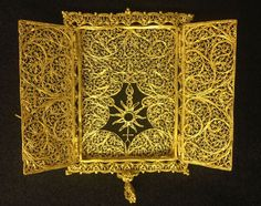 Types of filigree: Gold Filigree Pyx (the container in which the consecrated bread of the Eucharist is kept)