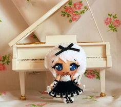 Pan, con la sua tastierina sul vestitino, gli occhietti celesti e vispi, è una piccola fatina della musica classica.