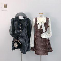 "DDAYGIRL_디데이걸 on Instagram: ""겨울이니깐 트위드🖤 블라우스, 원피스 업뎃예정이예요:) #트위드원피스 #디데이걸 #트윈룩"" Girly Outfits, Cute Outfits, Clothes Mannequin, Cute Fashion, Fashion Outfits, Ulzzang Fashion, Korean Street Fashion, Elegant Outfit, Japanese Fashion"