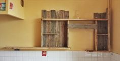 Pallet Wall Shelf for Kitchen