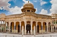 temples in bikaner rajasthan - Google Search India Architecture, Historical Architecture, Jain Temple, Heritage Hotel, Rural India, Indian Village, Historical Sites, Taj Mahal, Cool Photos