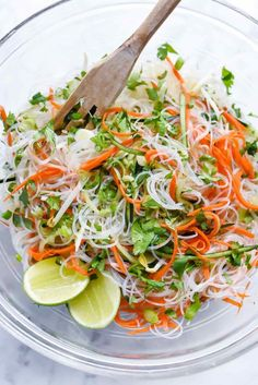 Easy Vietnamese Noodle Salad - This light and fresh Asian salad filled with cucumber, carrot and bean sprouts is a tangy side dish for grilled meats, poultry, or eaten as a veggie main. Vegetarian Recipes, Cooking Recipes, Healthy Recipes, Game Recipes, Noodle Recipes, Grilled Recipes, Vegetarian Lunch, Grilled Meat, Clean Recipes