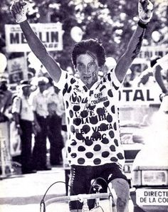 """Luis """"Lucho"""" Herrera #Cycling #Colombia #Tour #France #RESPECT Saint Etienne, Famous Colombians, Cycling Art, Road Racing, Save The Planet, Old Pictures, Mountain Biking, World Cup, Sports"""