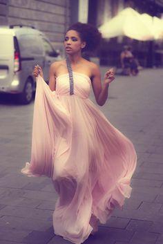 #dress #karmenherscovici #glam #pink #thefashionattitude #designer #glamour #fashion