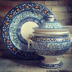 Zuppiera con Torciglioni e piatto collezione Ornati Rinascimentali #simonettiarte #madeinitaly #abruzzo