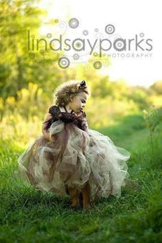 I love tutus!  This is a lions costume CUTE!