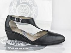 #zapatos #planos #zapatosplanos #zapatoscuña #hechosenespaña #zapateria #taller #artesanal #madrid #FLATSHOES #WEDGESHOES #SHOES #MADEINSPAIN #CUSTOMMADE #MADETOORDER #ESHOP jorgelarranaga.com