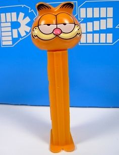 vintage GARFIELD Pez Dispenser w/ feet official Jim Davis collector's item CAT