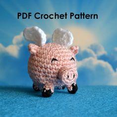 Adorable Flying Pig  Crochet Amigurumi PDF Pattern