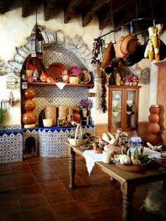 Mexican Style Kitchens, Mexican Kitchen Decor, Mexican Home Decor, Spanish Kitchen, Spanish House, Warm Kitchen, Rustic Kitchen, Bakers Rack Decorating, Hacienda Kitchen