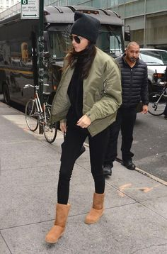 Kendall and Kylie Jenner just went shopping at Ugg - come and see the pictures!