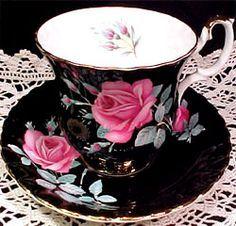 Royal Albert - Sweet Heart Roses