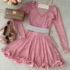 Vestido Boneca Camilla na Renda Tela Manga Longa ( COR ROSÊ) Girly Outfits, Office Outfits, Skirt Outfits, Outfits For Teens, Cute Outfits, Cute Dresses, Beautiful Dresses, Casual Dresses, Short Dresses