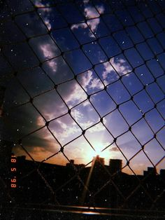 Look at our niche site for lots more relating to this spectacular fence aesthetic Sky Aesthetic, Aesthetic Photo, Aesthetic Pictures, Creative Instagram Stories, Instagram Story, Tumblr Wallpaper, Wallpaper Backgrounds, Aesthetic Iphone Wallpaper, Aesthetic Wallpapers
