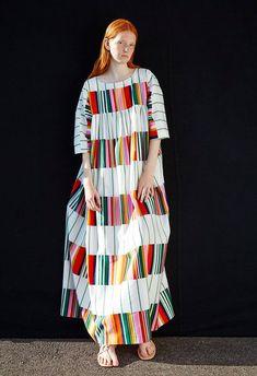 This dress by Marimekko. Trendy Fashion, Fashion Outfits, Womens Fashion, Dress Fashion, Club Fashion, 1950s Fashion, Textiles, Maxi Dress With Sleeves, Dress Up