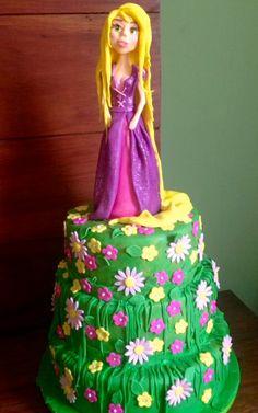Bolo Rapunzel Enrolados Cake Tangled by Glacê Encantado