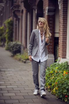 Boyish look - Grey oversized suit and Adidas sneakers