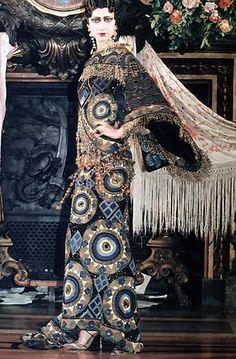 Collection Haute Couture Dior (printemps/été 1998), inspirée de la Casati
