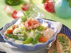 Festlig fiskgryta med räkor och sparris recept | Allas Recept Cod Recipes, Fish Recipes, Fish Dinner, Fresh Rolls, Food Inspiration, Potato Salad, Main Dishes, Veggies, Food And Drink