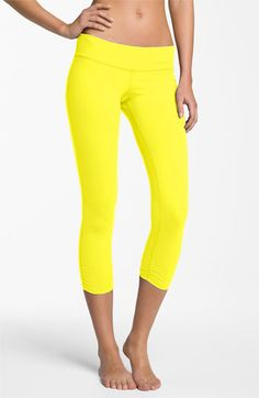 Beyond Yoga Gathered Capri Leggings - The Studio loves Beyond Yoga! Visit my website for more details. Visit my website for more details. Sport Outfits, Cute Outfits, Workout Wear, Workout Outfits, Yoga For Flexibility, Yoga Lifestyle, Capri Leggings, No Equipment Workout, Fitness Fashion