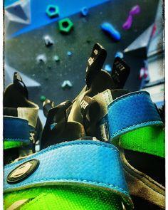 #ebonzeroad vous attend aujourd'hui à @arkose.climbing Massy #escalade #bouldering #climbing #guardian #django #climbingshoes #test