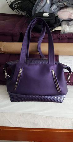 Sac Java en simili violet cousu par Cindy - Patron Sacôtin
