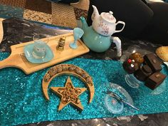 Ramadan Crafts, Ramadan Decorations, National Day Saudi, Ramadan Lantern, Eid Party, Aesthetic Photography Nature, Ramadan Mubarak, Decorating Coffee Tables, Wedding Photography Poses