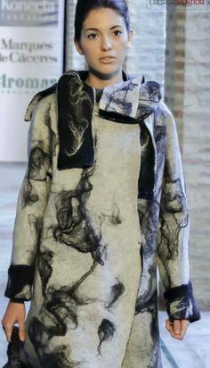 abrigo seda y lana  reversiblelacasasentida