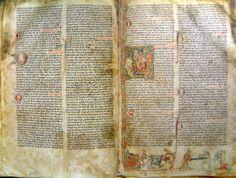 En la Casa de la Cultura se conserva uno de los volúmenes originales de la Saga de Egil Skallagrimsson.