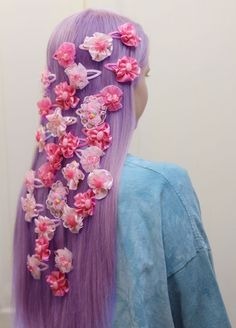 Don't care much for the color of the flowers (I really hate pink), but the overall style is adorable.