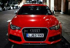 Red Audi RS6